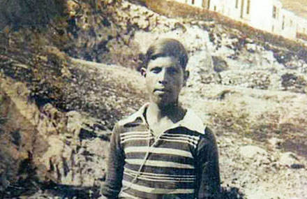 Ο Νικόλαος Σκαμπαβίας και η πρώτη δερμάτινη μπάλα