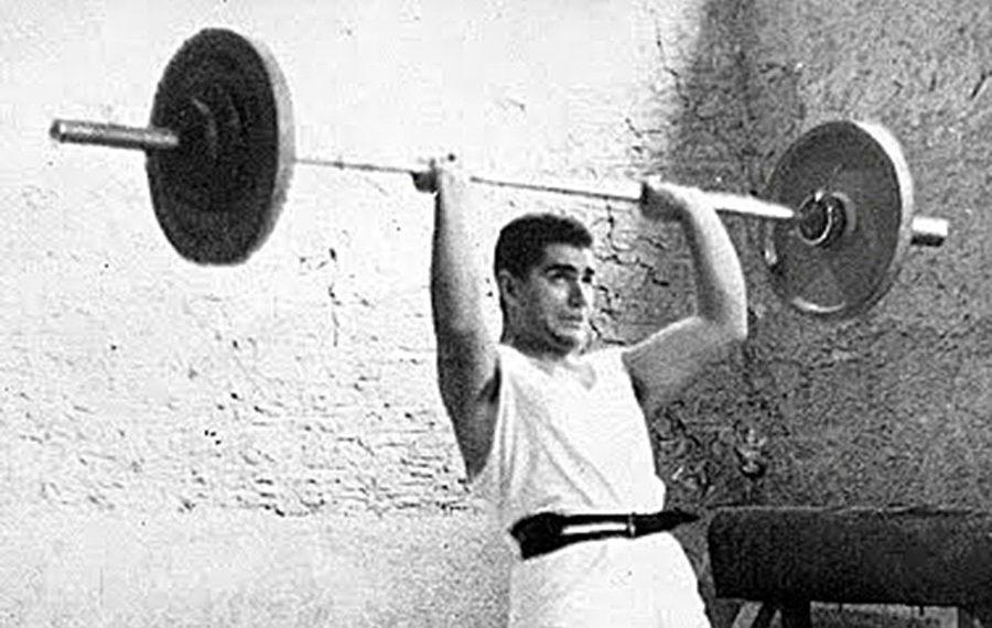 Όταν ο Ηλίας Μπαζίνας «σήκωνε ψηλά» τον Παναθηναϊκό